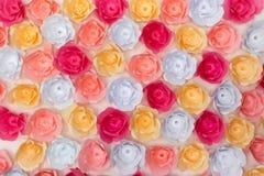 Wiosny pojęcie - sztuczny papierowych kwiatów tło i tekstura Fotografia Royalty Free