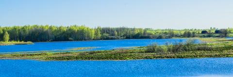 Wiosny powódź na solonitsa rzece obrazy royalty free
