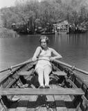 WIOSŁUJE TWÓJ łódź NA LĄD (Wszystkie persons przedstawiający no są długiego utrzymania i żadny nieruchomość istnieje Dostawca gwa Zdjęcia Royalty Free