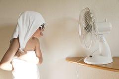 Wipes del bambino con il ventilatore fotografia stock libera da diritti