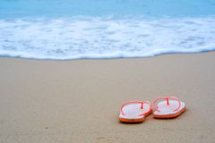 Wipschakelaars op zandig strand royalty-vrije stock afbeeldingen