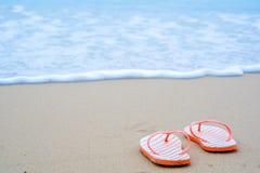 Wipschakelaars op zandig strand royalty-vrije stock afbeelding