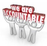 Wir sind verantwortlicher Team Lifting Words Taking Responsibility Stockfoto