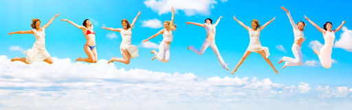 Wir springen zum Himmel Lizenzfreie Stockbilder