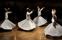 Wirbelnde Derwische stellen, sufi Musik, cappadocia, Truthahn dar lizenzfreies stockbild