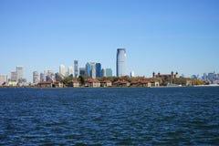 Wirh Hudson River do lado de New York City Manhatten imagem de stock