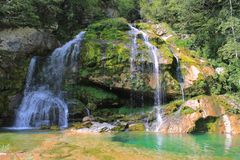 Wirje vattenfall, Julian Alps, Slovenien Royaltyfria Foton
