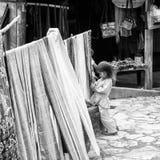 Wirkliche Leute in Vietnam, in Schwarzweiss Stockfotos