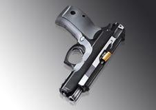 Wirkliches Faustfeuerwaffe pistole 9mm Stockbild