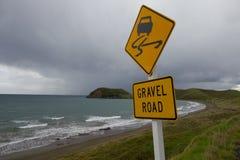 Żwiru drogowy znak Zdjęcie Royalty Free
