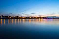 Wis�a river in Warszawa at night Stock Photography
