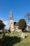 WISBOROUGH, SUSSEX/UK - 15-ОЕ ОКТЯБРЯ: Взгляд Enterior St Peter a Стоковая Фотография