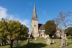 WISBOROUGH, SUSSEX/UK - 15-ОЕ ОКТЯБРЯ: Взгляд Enterior St Peter a Стоковые Фото