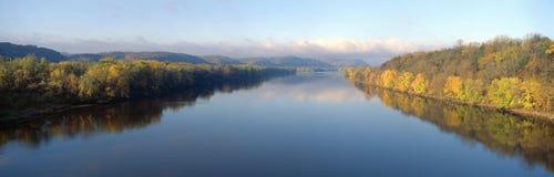 Wisconsin flod Fotografering för Bildbyråer