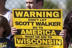 Wisconsin-Gouverneur Scott Walker Presidential Announcement Protes Stockbild