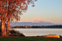 Wiser lake and mount Baker Royalty Free Stock Image