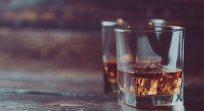 Wisky, whisky of bourbon royalty-vrije stock afbeeldingen