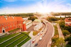 Wisla flod och bro i Warszawa Royaltyfri Foto