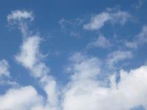 Wispy moln Arkivbilder
