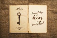 Wissen ist der Schlüssel zum Erfolg lizenzfreie stockfotos