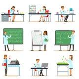 Wissenschaftler bei der Arbeit in einem Labor und einer Büro-Reihe lächelnden Leuten, die in der akademischen Wissenschaft tut wi lizenzfreie abbildung