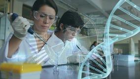 Wissenschaftlerleitexperiment gegen binär Code und DNA-Helix stock video footage