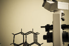 Wissenschaftslabor mit chemischem Thema Stockbilder