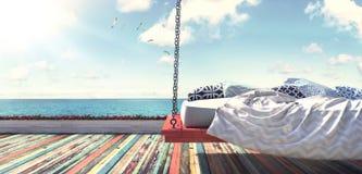 Wiszący łóżko plażą Zdjęcie Stock
