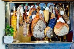 Wiszący Włoscy mięso bakalie Zdjęcie Royalty Free