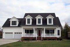 Wit al Amerikaans huis Stock Afbeeldingen