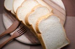 Wit brood in de ochtend te eten stock foto
