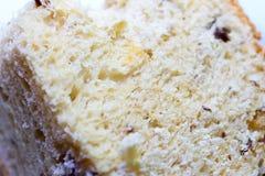 Wit brood met rozijnen stock afbeeldingen