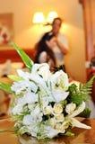 Wit de bloemenboeket van de bruid royalty-vrije stock foto