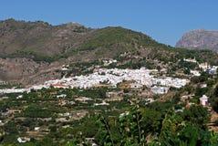 Wit dorp, Frigiliana, Andalusia. Stock Foto