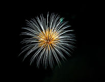Wit en goud hoekig vuurwerk Stock Fotografie