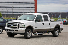 Wit Ford Super Duty F-250 Vrachtwagen Royalty-vrije Stock Fotografie