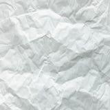 Wit gevouwen blad van document Verpletterd en gevouwen wit blad van document Het document van de nota Gerimpeld document stock fotografie
