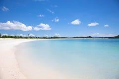 Wit het zandstrand van Aan van Tanjung, Lombok Royalty-vrije Stock Foto
