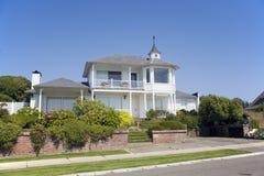 Wit huis royalty-vrije stock afbeeldingen