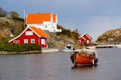 Wit huis dichtbij fjord Kragero, Portor Royalty-vrije Stock Fotografie