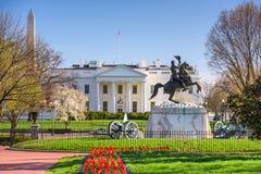 Wit Huis in gelijkstroom Royalty-vrije Stock Foto