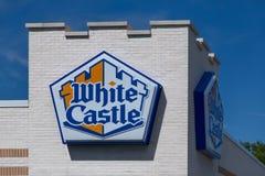 Wit Kasteelrestaurant Royalty-vrije Stock Afbeeldingen