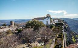 Wit Kerk en Tuinlandschap van het Medival-Dorp Marvao Portugal stock fotografie
