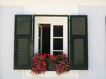 Wit muur en venster Stock Foto
