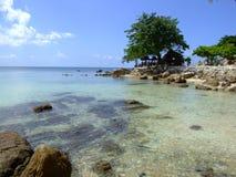 Wit strand, Koh Phangan, Thailand. Stock Afbeeldingen