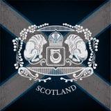 Wit Wapenschild met Leeuwen en Uitstekend Patroon op de Vlagachtergrond van Schotland Stock Afbeelding