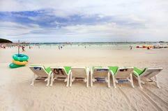Wit zandig strand Pattaya, Thailand Stock Foto