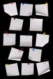Witboeknota's over zwarte Royalty-vrije Stock Afbeeldingen