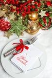 Świąteczna stołowa położenie dekoracja. obiadowy zaproszenia pojęcie Zdjęcia Royalty Free