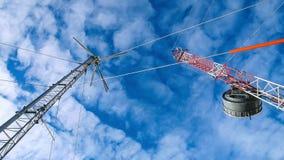 Withbluesky υπόβαθρο πύργων ραδιοσταθμών, ανταρκτική χερσόνησος, Ανταρκτική στοκ εικόνες με δικαίωμα ελεύθερης χρήσης